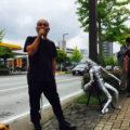韓国領事館前に外山恒一氏が「ベトナム反戦像」を設置、韓国に反省を促す