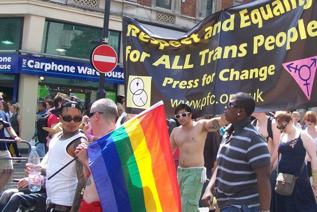 ハリポタ原作者を脅迫! LGBT運動を乗っ取った極左過激派「TRA」とは ...